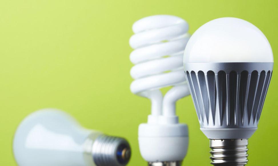 Đèn huỳnh quang compact vs đèn LED: đâu là lựa chọn phù hợp cho bạn