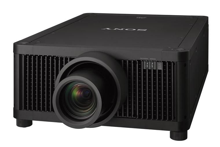 Máy chiếu 4K flagship của Sony có giá 2,3 tỷ đồng, hiển thị ngang màn hình LED
