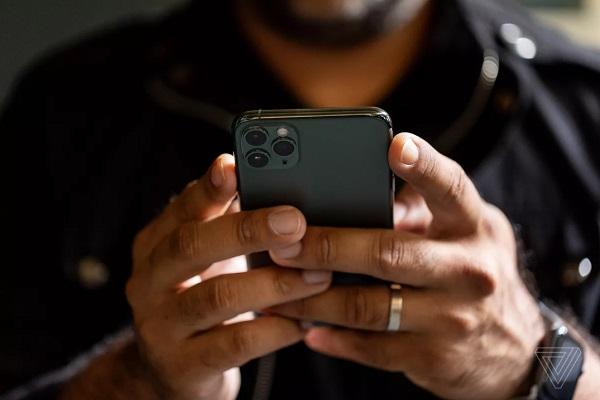 Doanh số bán của Apple tại Trung Quốc khởi sắc ngay trước thềm ra mắt iPhone mới