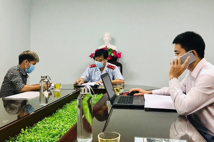'Cần dẹp bỏ kênh Youtube nhảm nhí như Hưng Vlog, NTN'