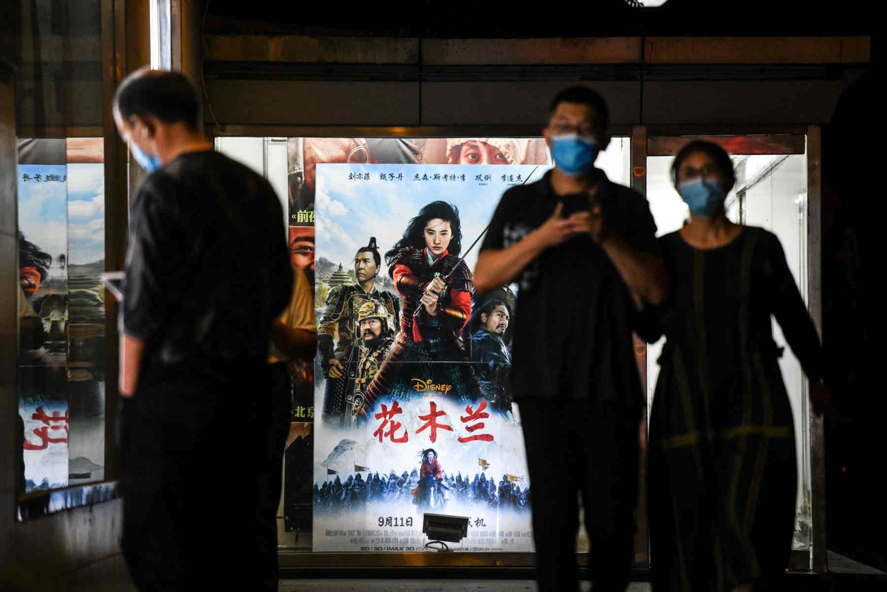 Nỗ lực 'nịnh bợ' Trung Quốc của Disney đã trở thành bom xịt