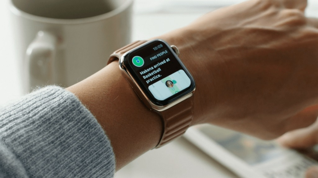 Apple Watch Series 6 là chiếc smartwatch đầu tiên của Apple được trang bị chip U1