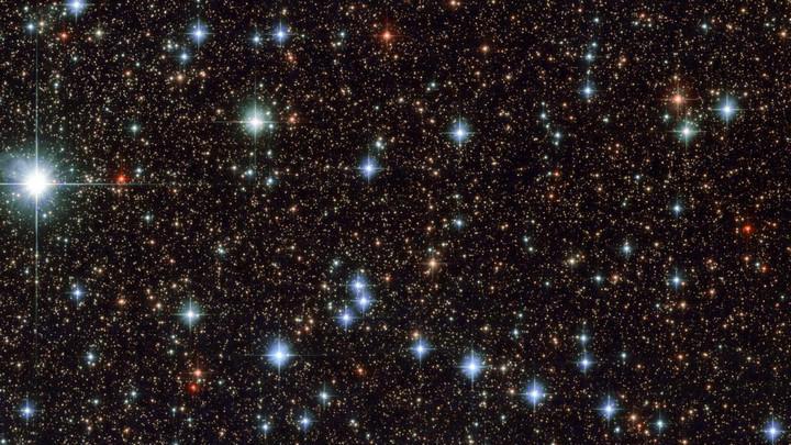 Kính thiên văn Hubble chụp được khoảnh khắc tuyệt đẹp về hàng ngàn ngôi sao