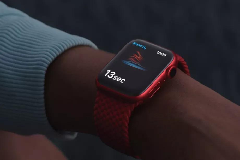 Tính năng theo dõi oxy trong máu của Apple chỉ để 'theo dõi sức khỏe', không phải cho mục đích y tế