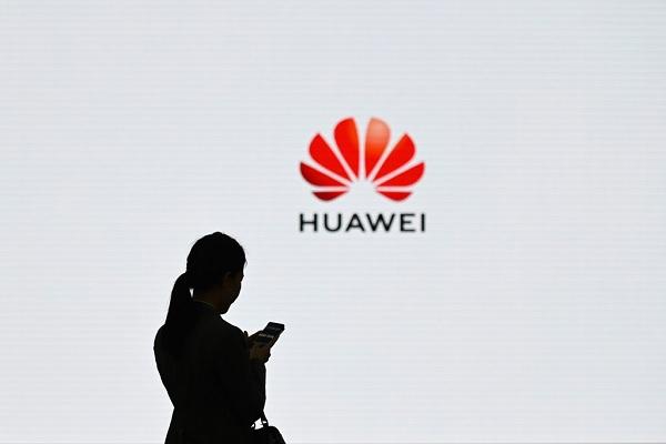 """Giới bán dẫn Nhật Bản """"xôn xao"""" tìm đối tác thay thế Huawei sau lệnh cấm của Mỹ"""