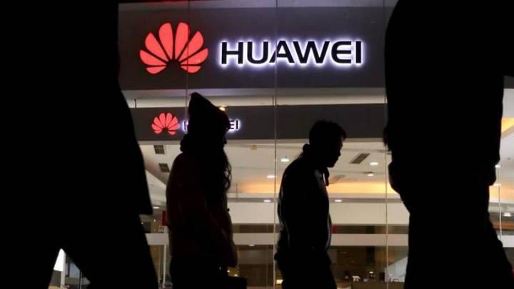 """Ngay cả đối tác Trung Quốc cũng """"quay lưng"""" với Huawei trước sức ép của Mỹ"""