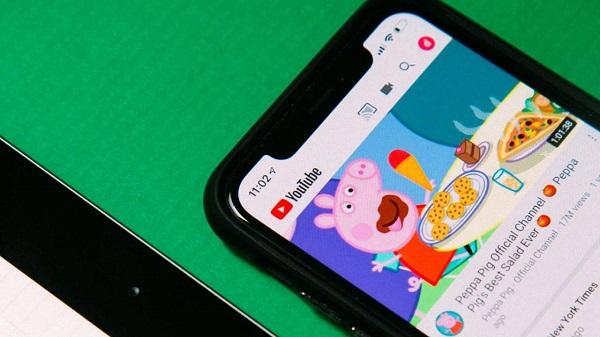 YouTube sẽ áp dụng AI, kiểm soát video nhạy cảm với trẻ em