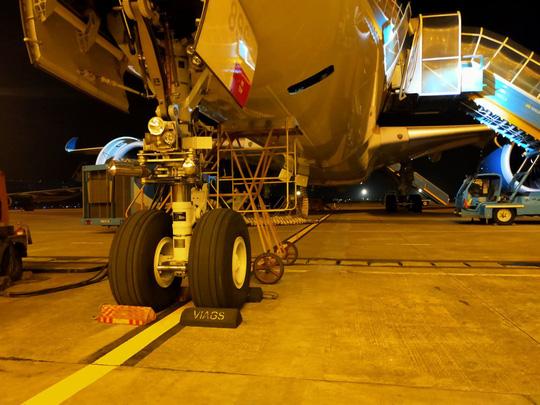 Sét đánh trúng máy bay sắp cất cánh, một nhân viên kỹ thuật sân bay Nội Bài tử vong