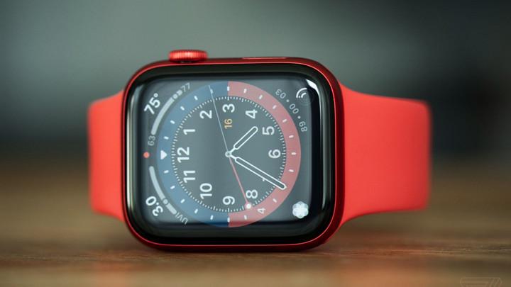 """""""Mổ"""" Apple Watch Series 6: Dễ mở hơn, tăng dung lượng pin và cải tiến cục rung Taptic Engine"""