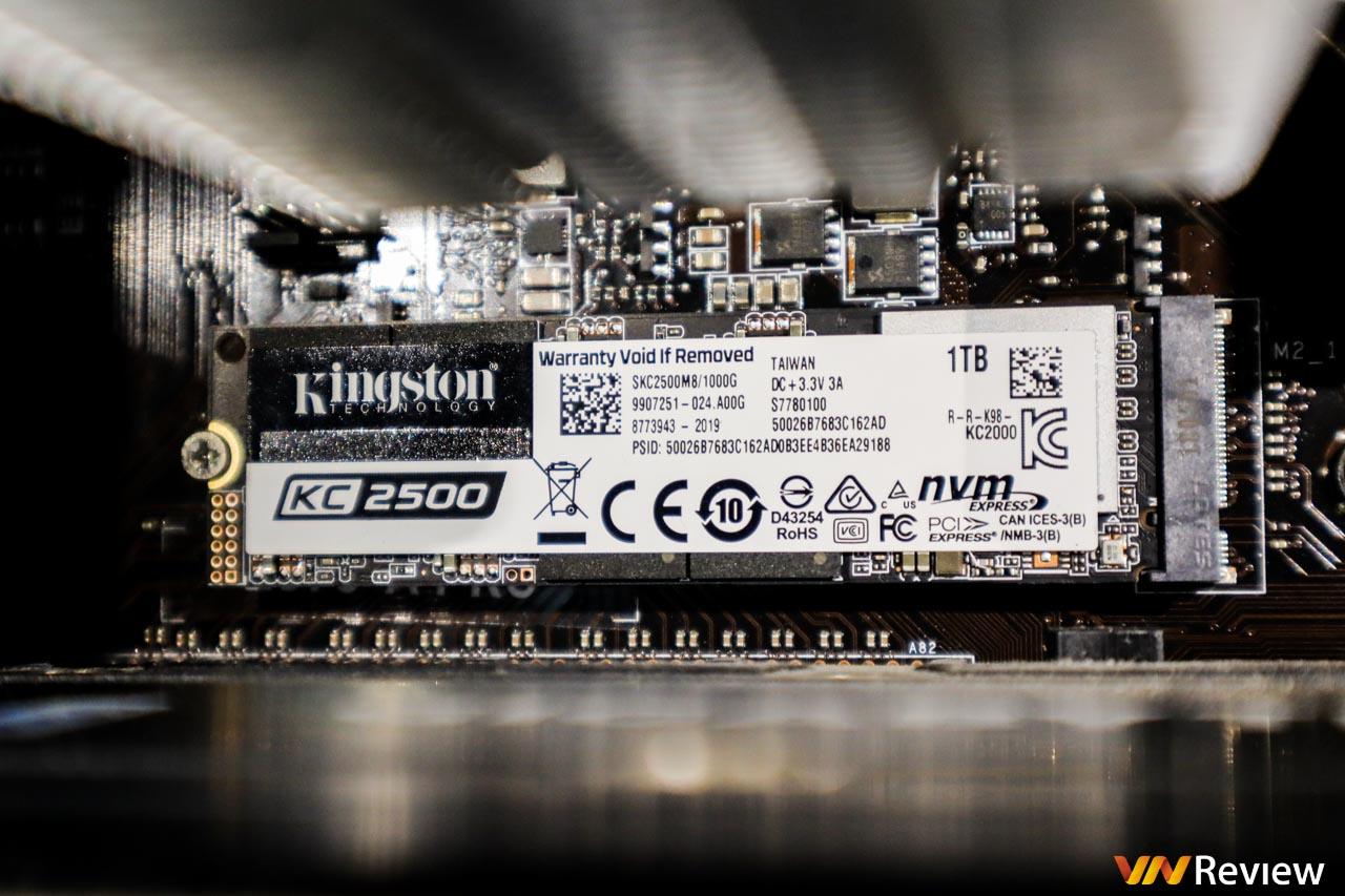 """Đánh giá SSD Kingston KC2500 1TB: """"Tân binh"""" đáng gờm phân khúc NVMe cao cấp"""