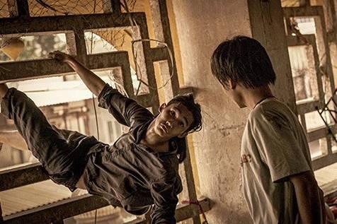 Review phim 'Ròm': Bộ phim thảm họa, không nên đi xem!