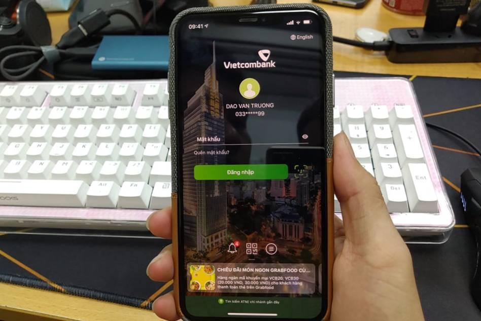 Vụ tài khoản Vietcombank 'bốc hơi' 406 triệu trong vài phút: Chuyên gia nhận định mã xác thực OTP bị hack