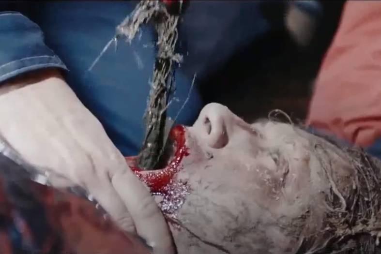 'Dạ quỷ rừng sâu': Mớ hỗn độn trong hình hài một bộ phim kinh dị
