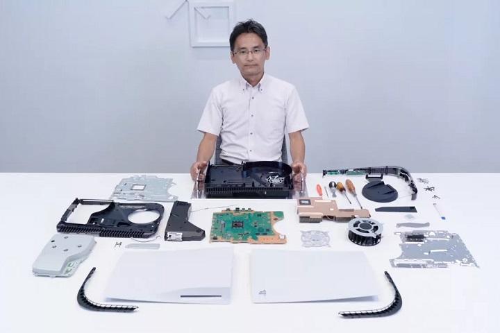 """Sony tự """"mổ bụng"""" PS5: cạnh bên có thể tháo rời, tản nhiệt kim loại lỏng & khả năng mở rộng bộ nhớ"""