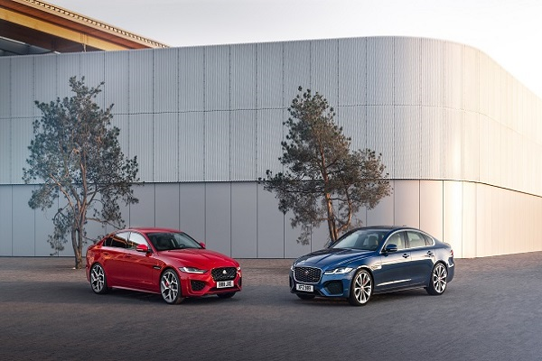 Jaguar XF ra mắt toàn cầu, giá 2,87 tỷ đồng