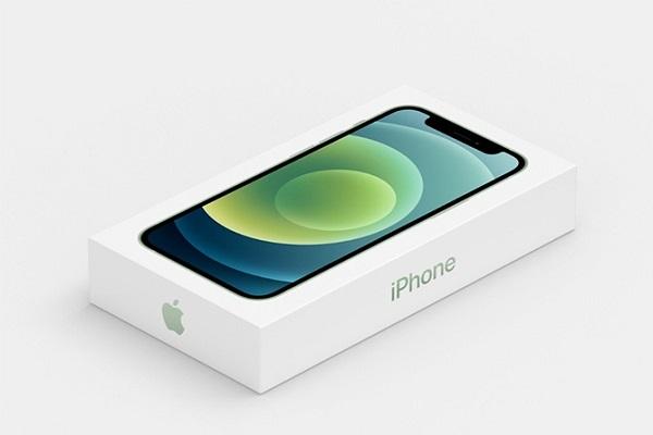 Người dùng bất mãn vì iPhone 12 không bán kèm phụ kiện