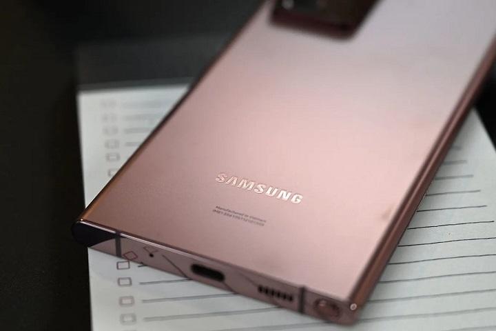 Ultra Wide Band (UWB) là gì? Tại sao Apple và Samsung đột nhiên quan tâm đến nó như vậy?