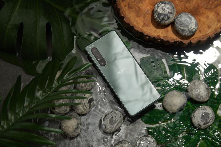 Xperia 1 II có thêm màu Mirror Lake Green, 12GB RAM, dành riêng Trung Quốc và Đài Loan