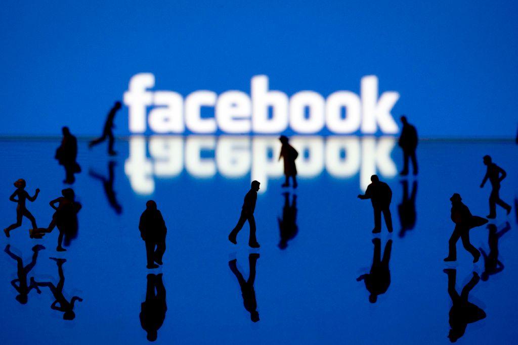 Bên trong kế hoạch vĩ đại của Facebook: thay thế smartphone bằng kính AR