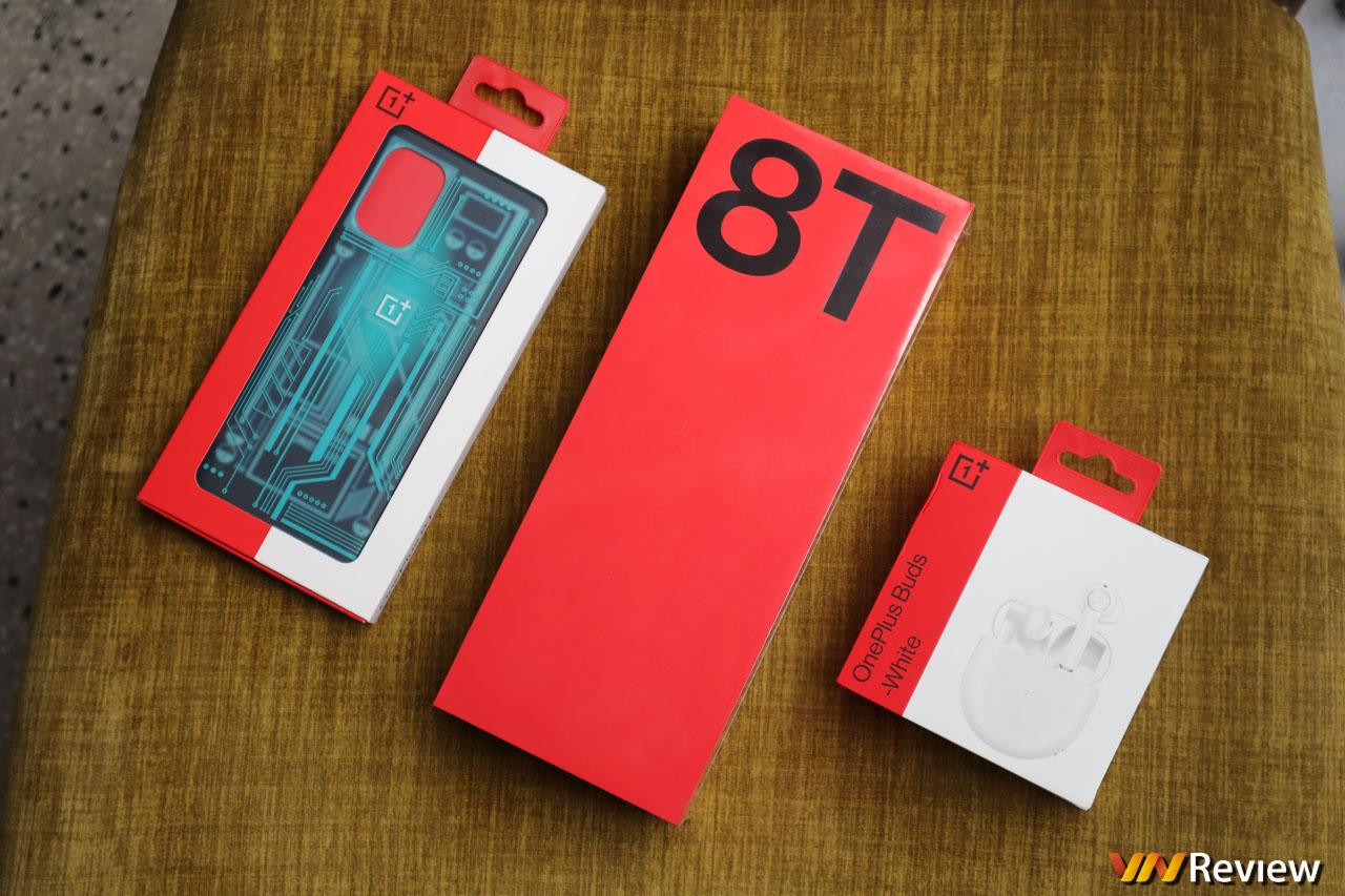 Trên tay OnePlus 8T 5G: đối thủ mới nhất của iPhone 12 mini, vẫn có củ sạc đầy đủ