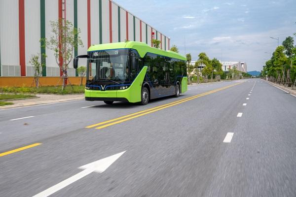 VinFast chạy thử thành công xe buýt điện ở Hải Phòng