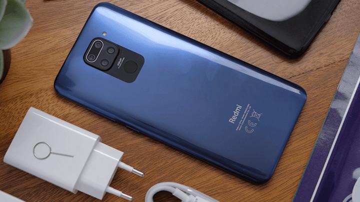 Xiaomi cam kết giảm 60% kích thước đóng gói sản phẩm nhưng sẽ không bỏ cục sạc