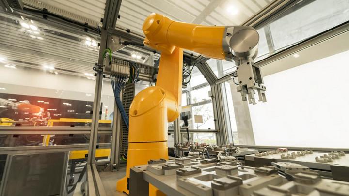 Diễn đàn kinh tế thế giới: Robot sẽ thay thế khoảng 85 triệu việc làm trong vòng 5 năm tới