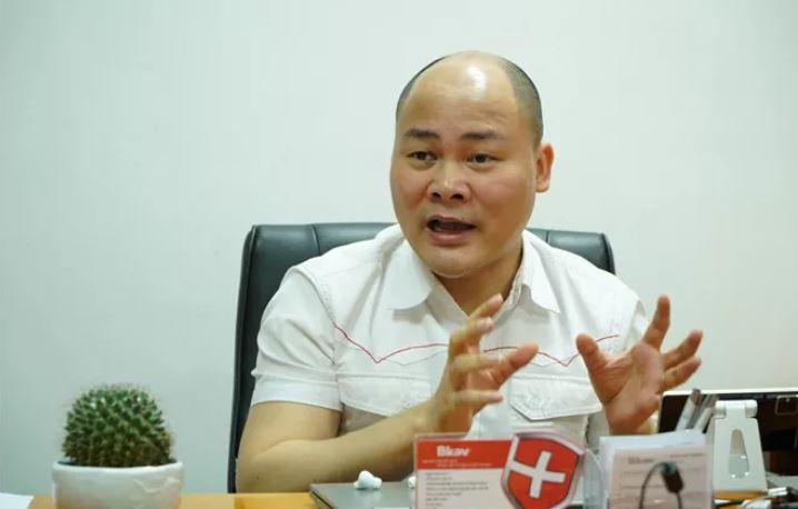 CEO Nguyễn Tử Quảng khuyên CEO Apple nên chọn cách đơn giản bảo vệ môi trường là thay cổng Lightning bằng USB-C