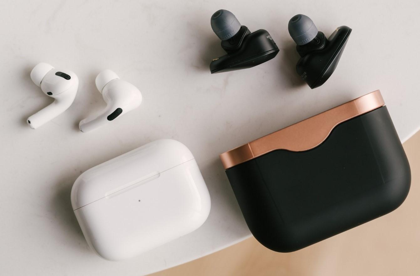 AirPods Pro 2 sẽ là bản nâng cấp nhẹ, tập trung vào theo dõi sức khỏe, giá 250 USD