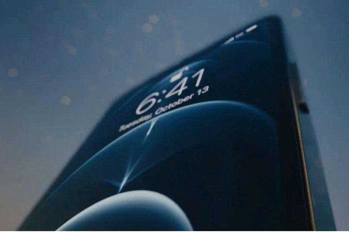"""iPhone 12 """"đi trước thời đại"""", nhưng vẫn phải kích hoạt thủ công để tải về các bản cập nhật iOS thông qua 5G"""