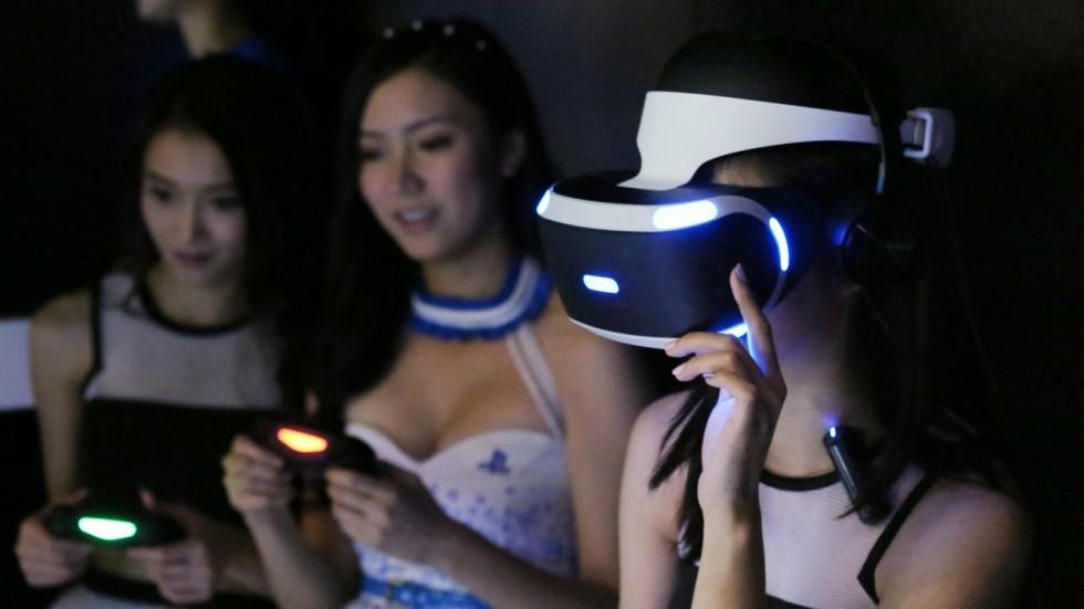 Apple có thể mua thêm tấm nền OLED từ Sony cho VR hoặc AR