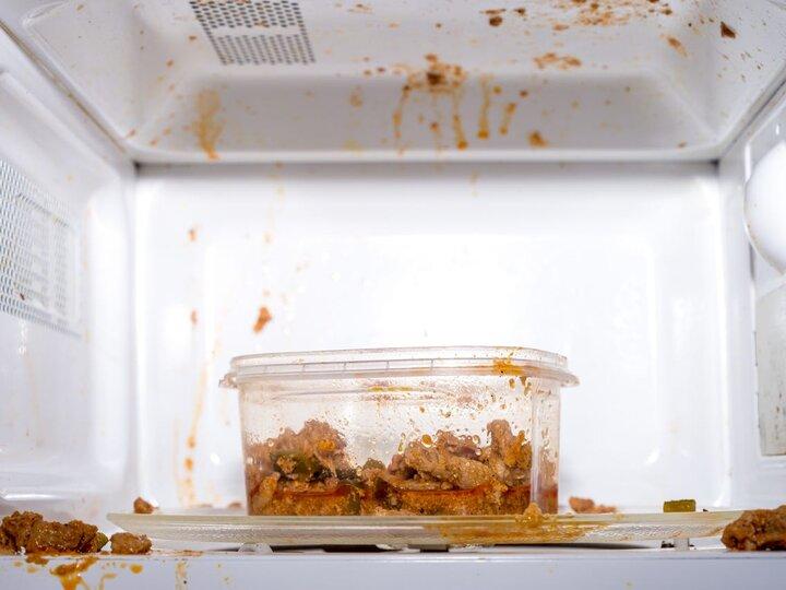 Phòng bệnh bằng cách ngăn các hợp chất hóa học trong nhựa ngấm vào thức ăn