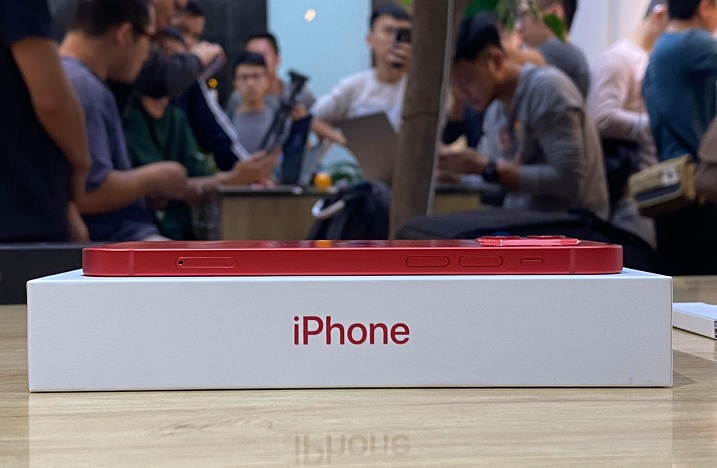 Người Việt chưa sẵn sàng mua smartphone 20 triệu đồng trở lên, thích tầm giá 3-5 triệu nhất