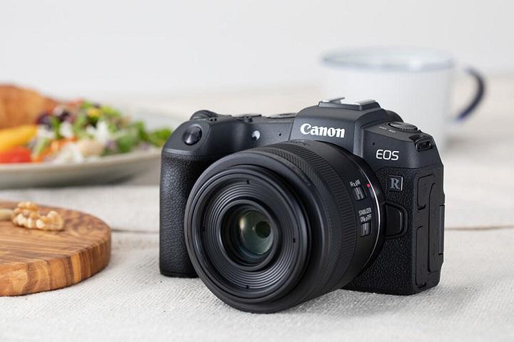 Máy ảnh Canon có cảm biến APS-C dòng EOS R chắc chắn ra mắt năm 2021