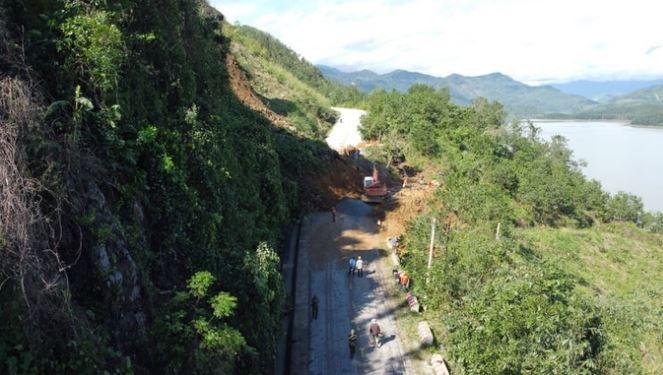 Sạt lở đất ở Quảng Nam: Thủ tướng yêu cầu tập trung tất cả khả năng tìm kiếm người mất tích