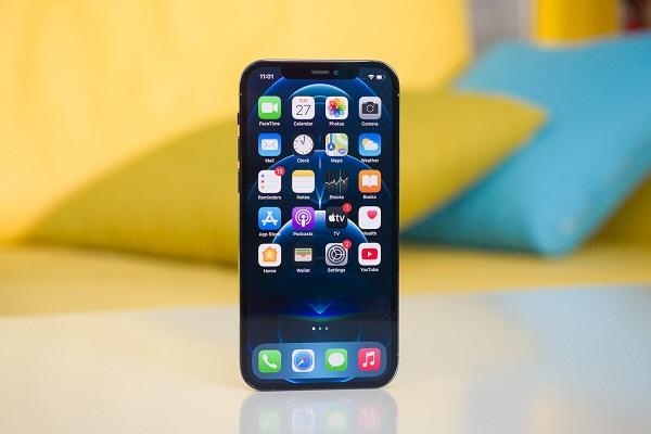 iPhone 12 Pro được ưa thích hơn iPhone 12