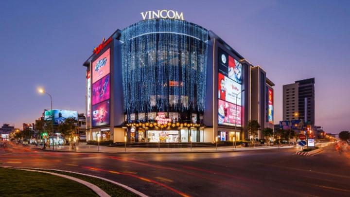 Lợi nhuận của Vingroup tăng gấp đôi nhờ bất động sản, xe hơi và smartphone