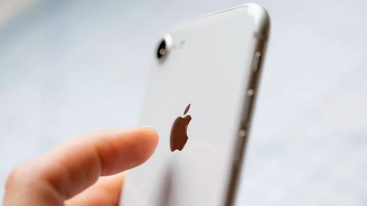 Apple đã thêm một nút bí mật vào iPhone mà bạn không hay biết