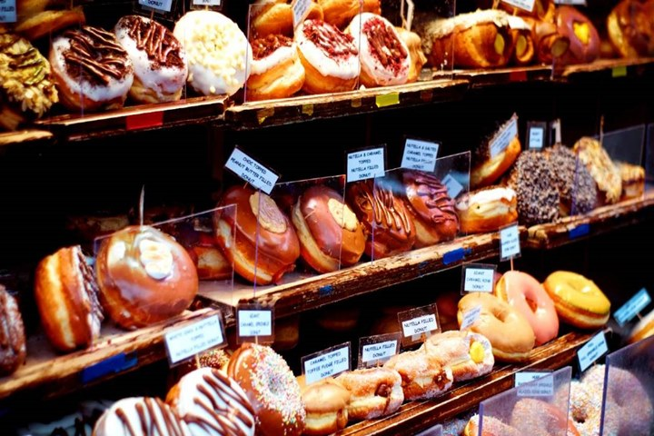 Nghiên cứu: Chế độ ăn uống đặc trưng của người phương Tây gây hại cho đường ruột