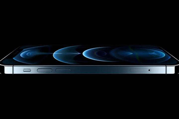Apple tăng cường sản xuất những mẫu iPhone cũ hơn nhằm bù đắp cho sự thiếu hụt của iPhone 12