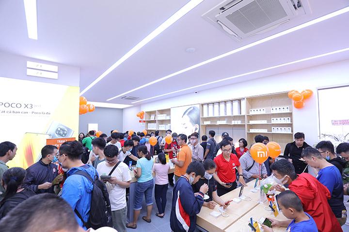Xiaomi mở cửa hàng Mi Store tại Hà Nội