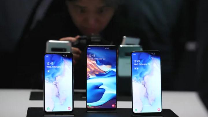 Lần đầu tiên sau 3 năm, Samsung mới có thể đánh bại được Apple ngay trên đất Mỹ