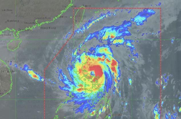 Bão Vamco đang ở phía đông Philippines. Ảnh: Pagasa
