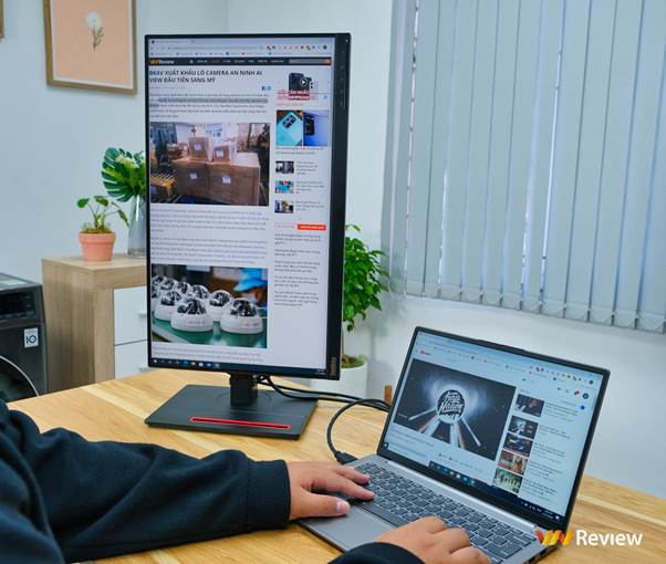 Đánh giá Lenovo ThinkVision T24i-20: màn hình văn phòng xoay lật linh hoạt