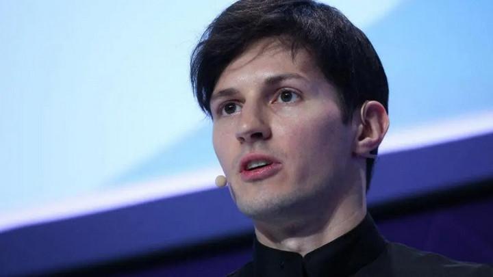 """CEO Telegram chỉ trích iPhone 12 Pro thậm tệ: Một chiếc iPhone 5 """"quá khổ"""" với camera siêu tệ"""