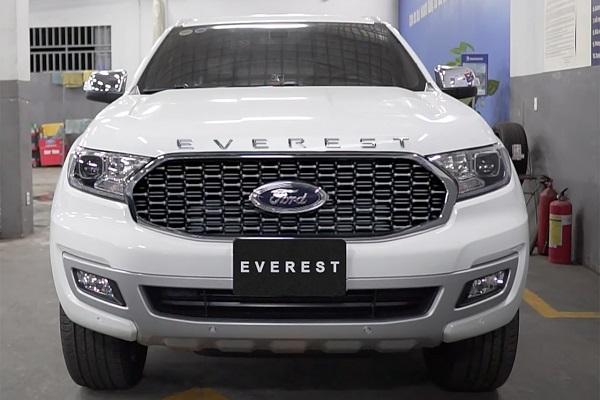 Ford Everest và Ford Ranger bất ngờ xuất hiện tại đại lý trước ngày ra mắt