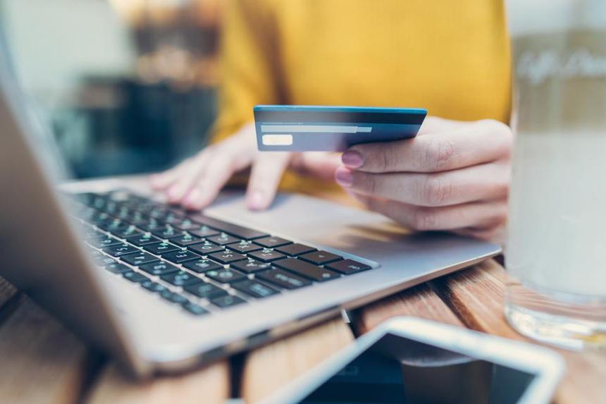 Lý do tài khoản ở Việt Nam thường bị chặn khi mua hàng từ nước ngoài?