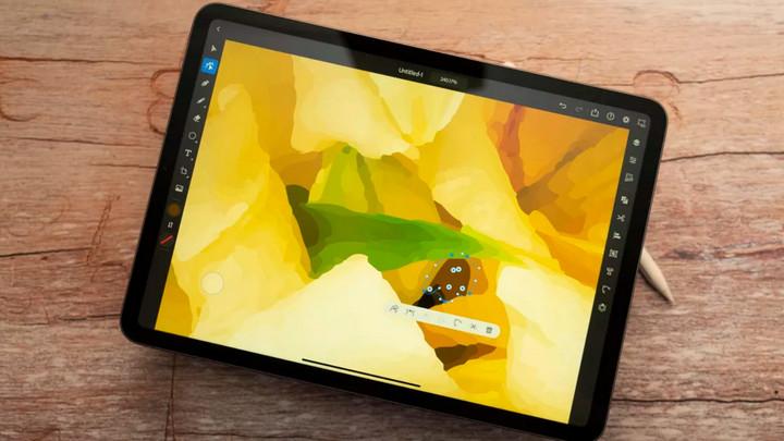 Foxconn sẽ chuyển một phần dây chuyền sản xuất iPad và MacBook sang Việt Nam?