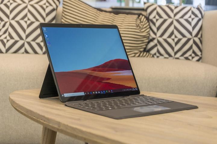 Surface Pro 8 và Laptop 4 rò rỉ hình ảnh, ra mắt vào tháng 1/2021
