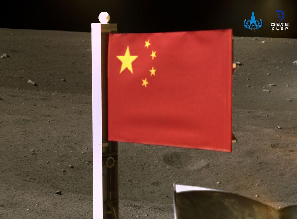 Trung Quốc trở thành quốc gia thứ hai cắm cờ trên Mặt trăng – VnReview